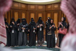 چالشهای پدرسالاری در روند اصلاحات زنان در عربستان سعودی