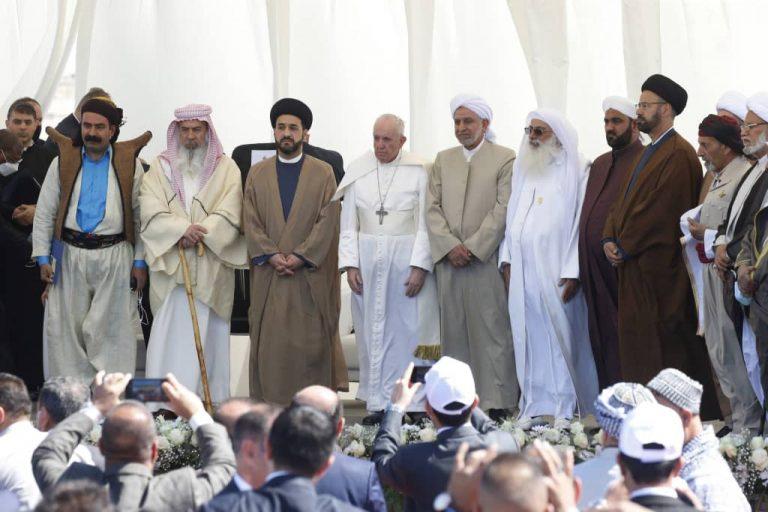 تأکید پاپ بر اتحاد میان ادیان در سفرش به عراق